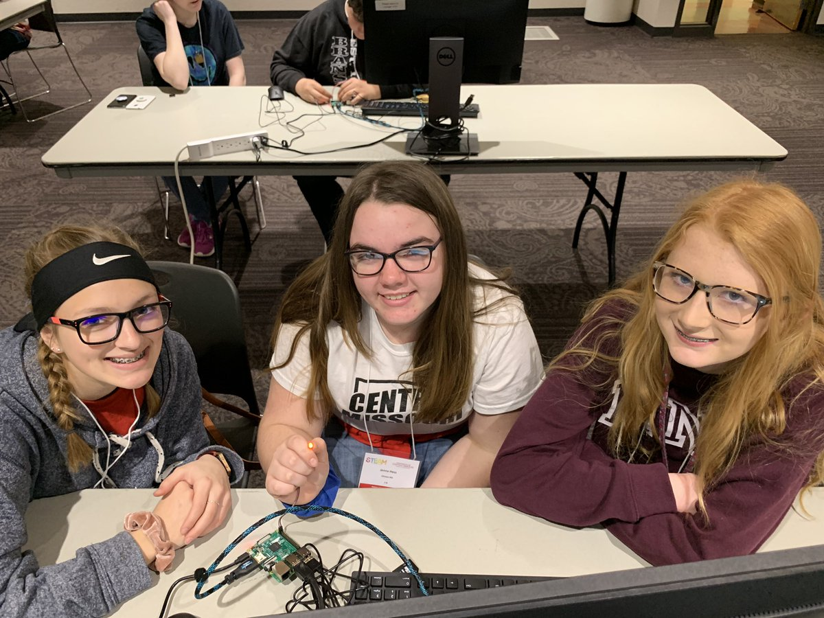 At @UCentralMO for the middle school STEAM Conference! Programming a Raspberry Pi with @Cisco @CMSCardinals one of these codes is not like the other...