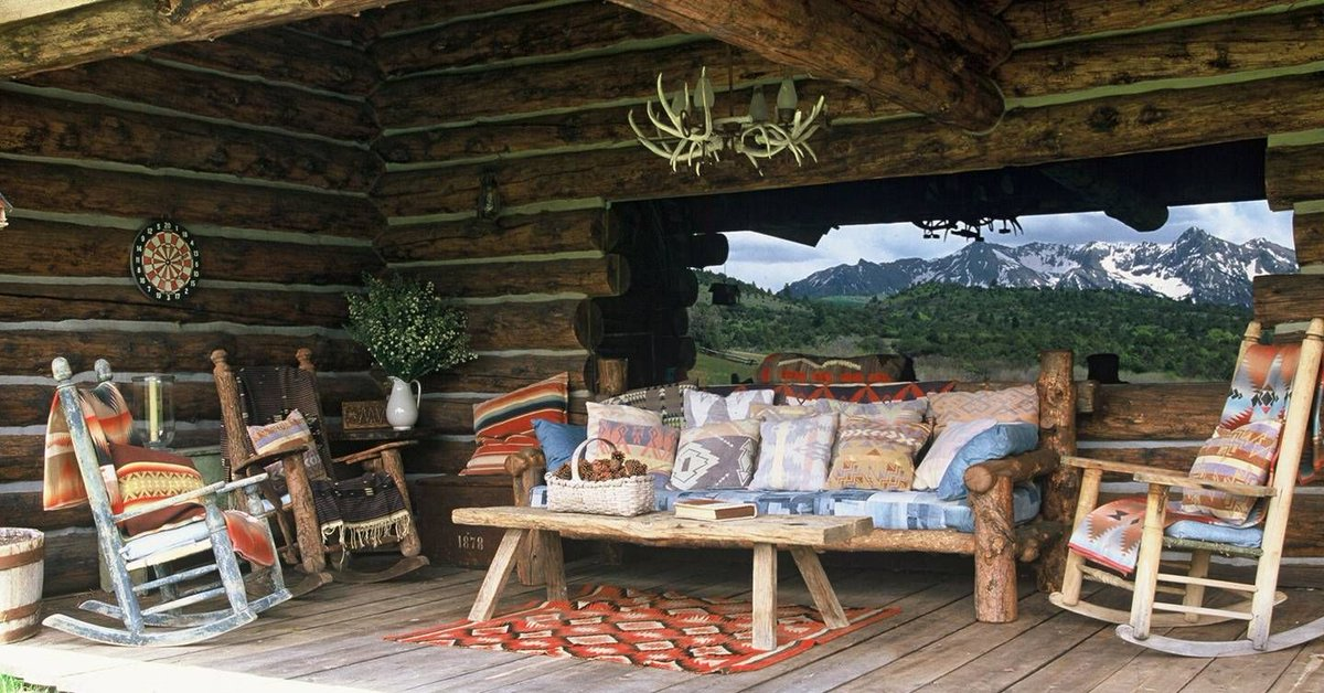 In 2002, we toured Ralph Lauren's Colorado ranch and it is as all-American as you'd expect. https://buff.ly/2vNz3WX