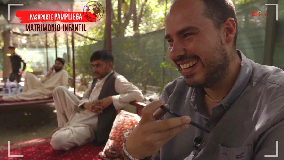 . @APampliega llama a su padre desde Kabul para felicitarlo por su cumpleaños #FelizDiaDelPadre #PasaportePampliega en @cuatro #PampliegaAfganistan #STOPMatrimonioInfantil