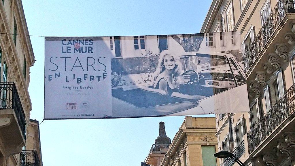 """RT @B2Gilles: Une petite odeur de """"festival"""" flotte déjà dans les rues de #Cannes #RuedAntibes #Cannes2019 #CannesFaitLeMur #StarsEnLiberté #BrigitteBardot #CotedAzurFrance #CotedAzurNow @villecannes @ruedantibes @Festival_Cannes @VisitCotedazur"""