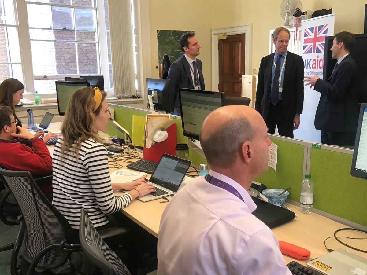 Today I met some of the brilliant @DFID_UK teams working on the response to #CycloneIdai.  The UK responded rapidly + we are currently the biggest international donor.  I am proud that #UKaid is saving lives amid such tragedy.
