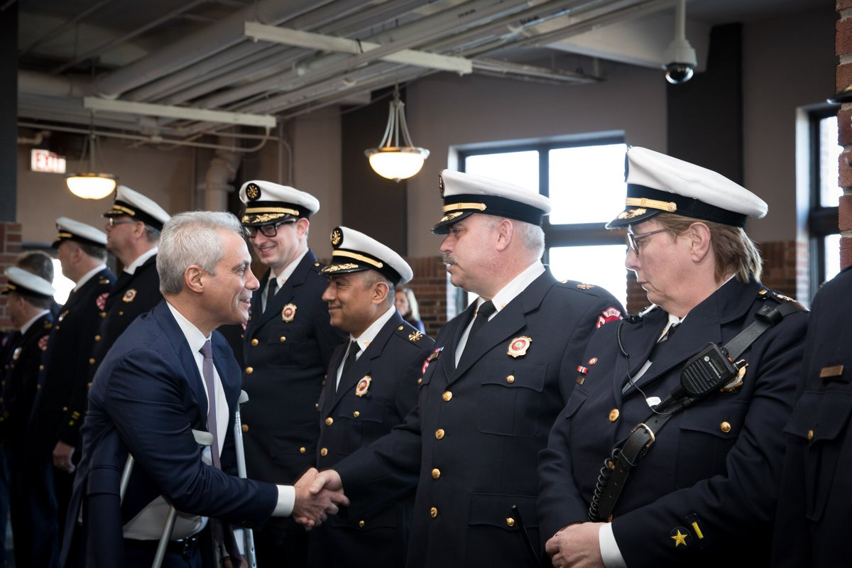 Where there is danger and confusion, members of @CFDMedia bring care and compassion – but also command and courage. Today, we recognized the outstanding work of those who serve the Chicago Fire department and expressed our gratitude for their selfless dedication to our city.