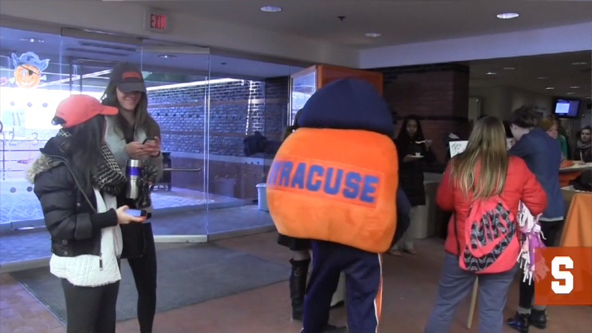 🎥 #CuseCast: It's #4EverOrange Week at #SyracuseU with events and activities happening all week: http://ow.ly/RGTA30obqUM