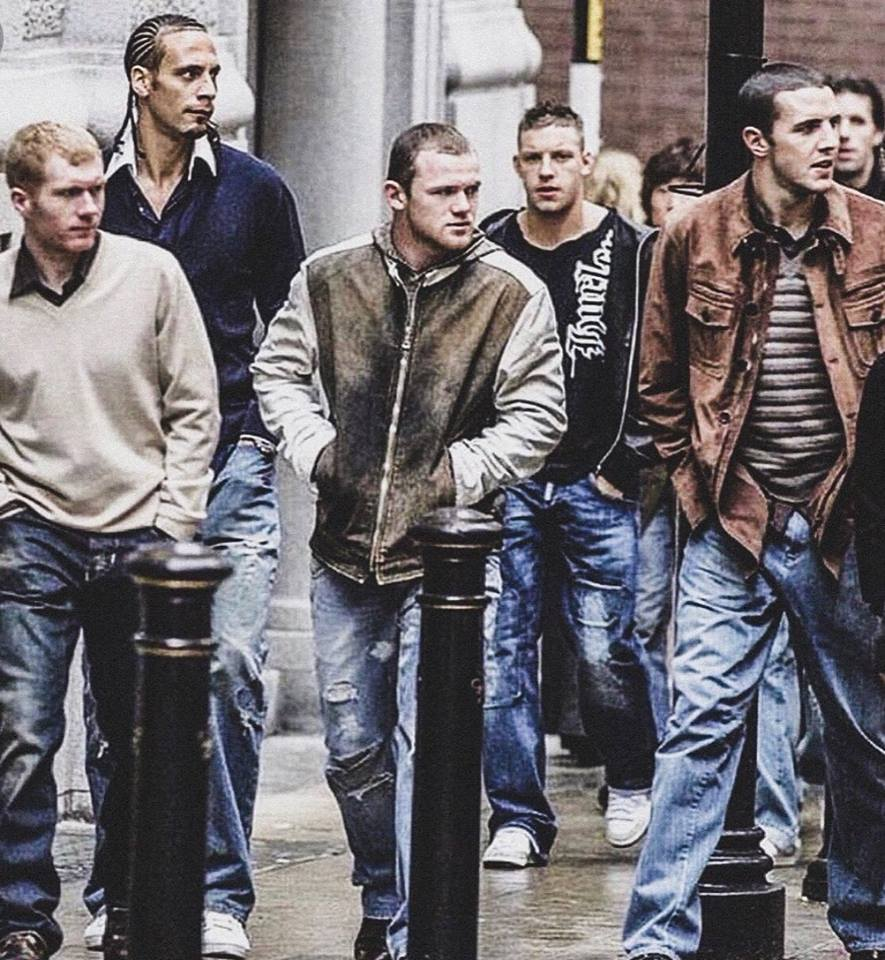 Vintage. What a photo. 📸 Lads who brought tonnes of success to Old Trafford. Irreplaceable! @ManUtd
