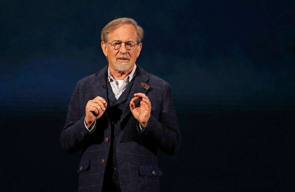 Factbox: Spielberg, Oprah to make shows for Apple's new streaming service https://t.co/IMD5jjPdM4 https://t.co/CK845T9r2B
