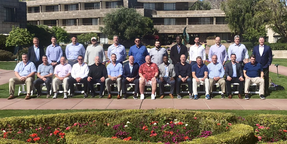 Our 6 favorite things about the 2019 NFL coaches photo (that actually has Bill Belichick this year!)
