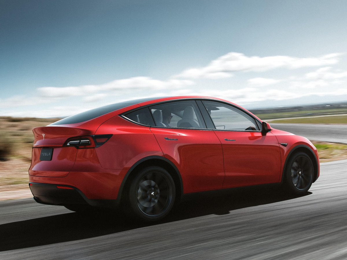 Tesla Model Y Pricing Has Already Increased. Forget that $39,000 base price. #crossover #electriccar #pricing #sedan Read: https://t.co/0QK5haX4Tw https://t.co/Y34NC7ifC8