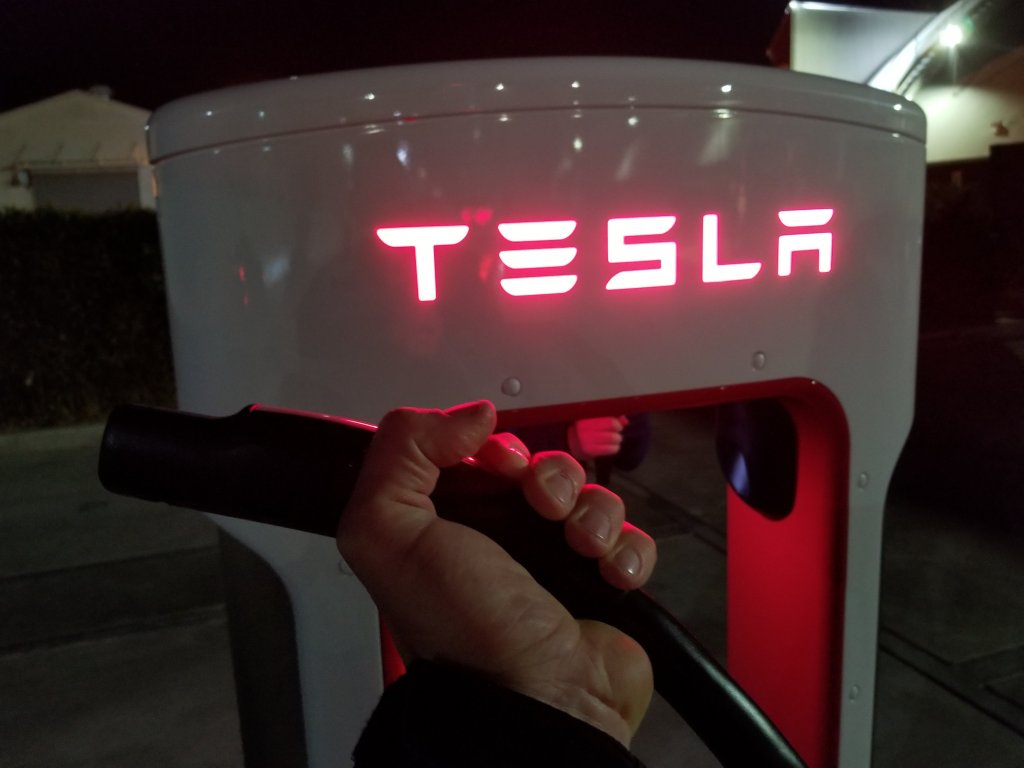 How A Tesla Can Save You Thousands OfDollars https://cleantechnica.com/2019/03/25/how-a-tesla-can-save-you-thousands-of-dollars/…
