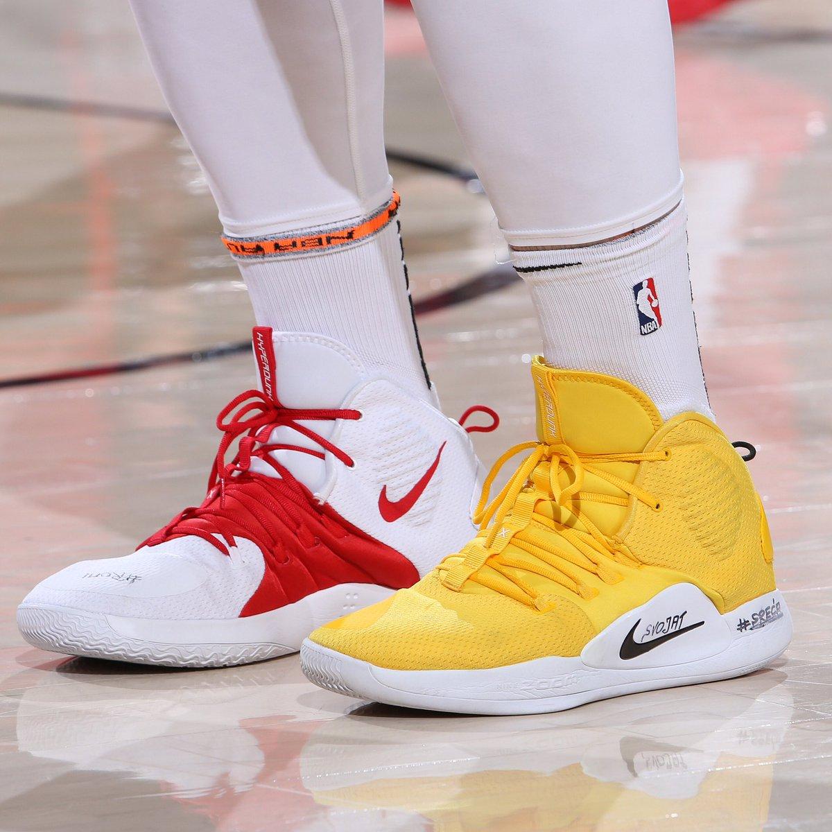 ❤️ or 💛 #NBAKicks?   @bosnianbeast27  #RipCity