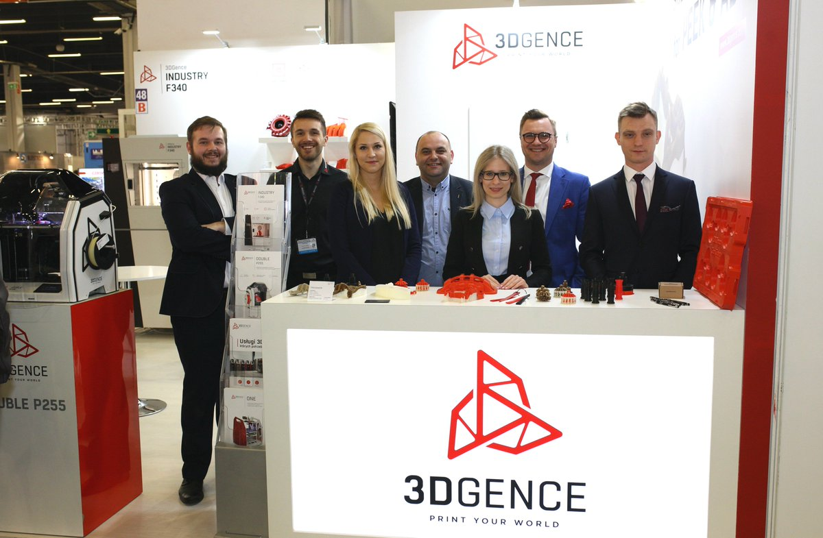 Are you attending #STOM 2019 in #Kielce? Let's meet at B-48 booth! #3DGence specialists are waiting to guide you through our #3Dprinting technology.
