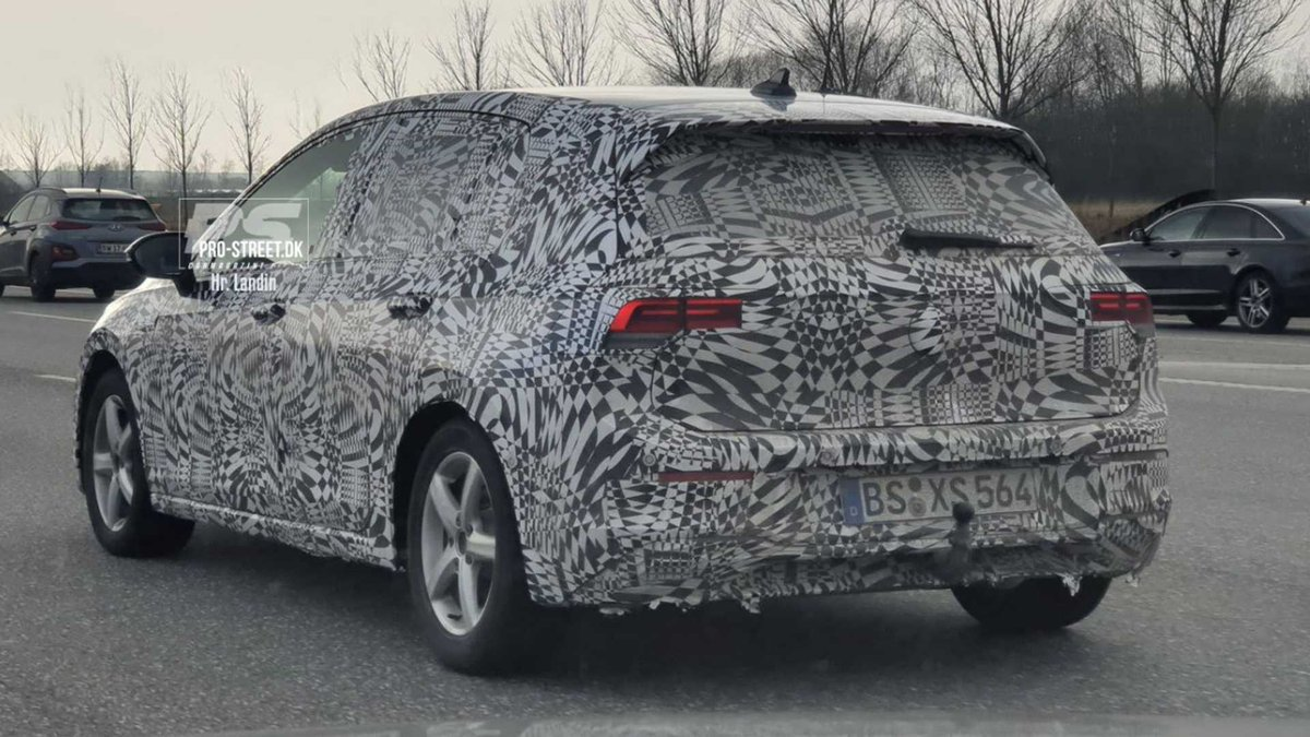 Motor1 On Twitter Yep It S The New Vw Golf 8 See The Spy Shots