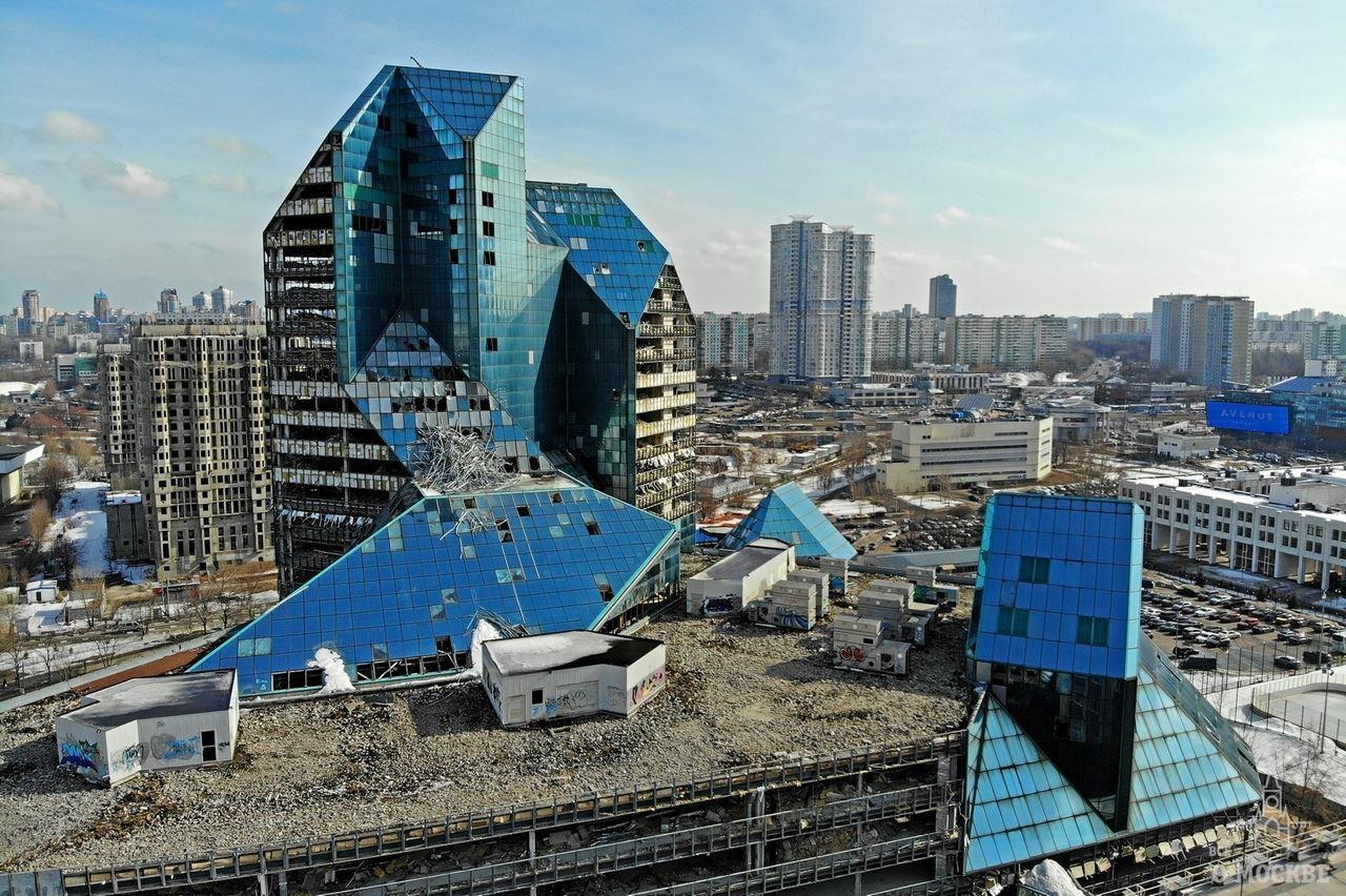 кортизола синий зуб заброшенный бизнес центр зенит фото размеры этой реалистичной