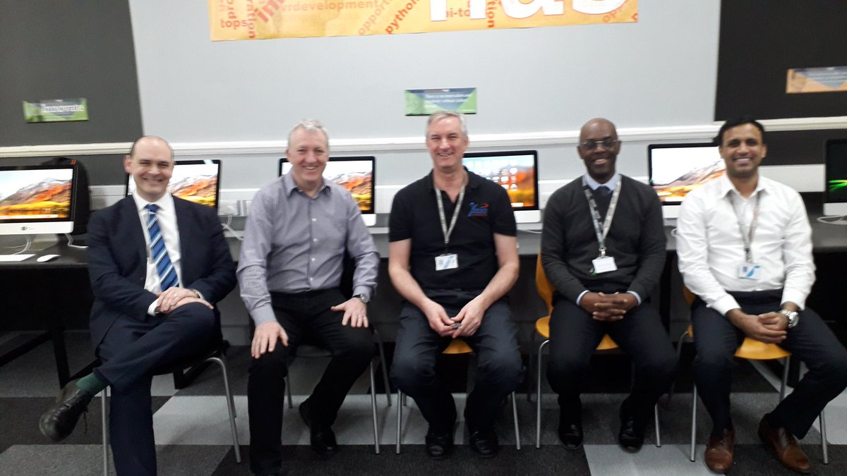 @gaia_tech @LSFederation Team Gaia delivering training the support the roll out of the Prendergast Innovation Room. This a joint venture bringing cutting edge technology to Federation students. https://t.co/j5mSuoLHT1