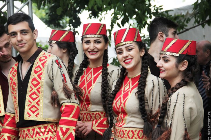 Поздравлениями деда, армяне картинки