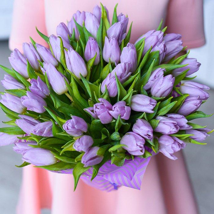 Интернет, хочу букет из фиолетовых тюльпанов и чтоб