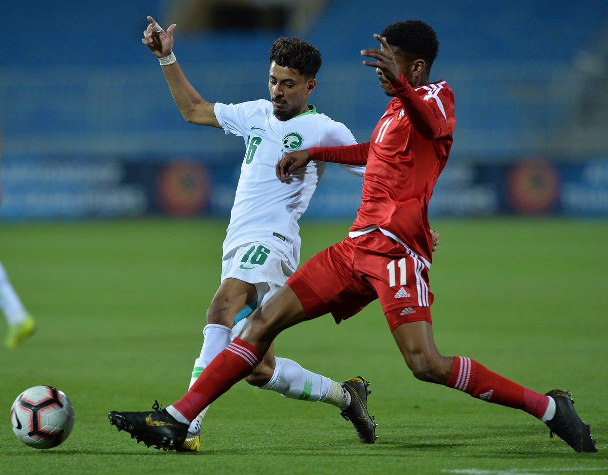 RT @Al_omah1: نهاية المباراة |  السعودية 1 - 1 الإمارات #السعودية_الإمارات #معاك_يالأخضر https://t.co/Is4WqWzc4P