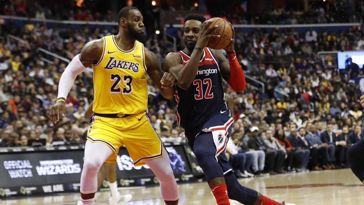 #NBA Line Movement 📈  #LakeShow opened even with #DCFamily but they have  📈 to 2 PT Faves  Follow the 💸💸🤔...Not this time