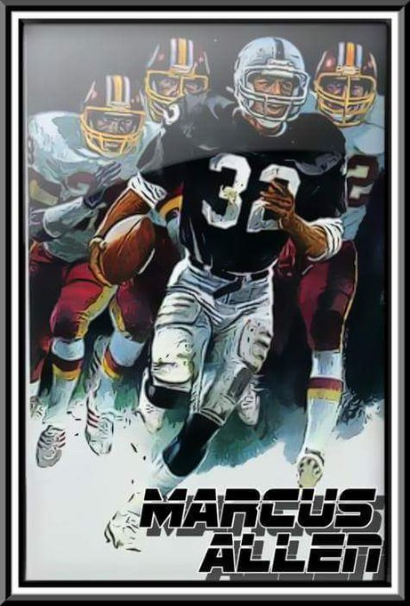 Happy birthday Marcus Allen 1 of the baddest running backs of all time