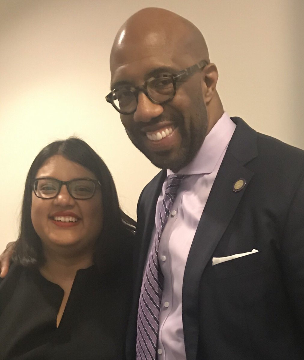 Loved running into @michaelsorrell and the amazing students @PaulQuinnTigers in Austin today. #ChangeMakers