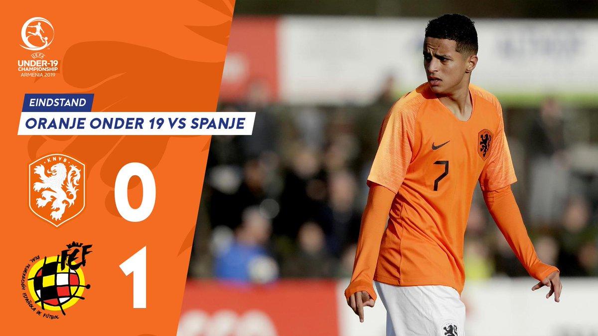 #OranjeO19 verliest in de laatste minuut van Spanje en gaat niet naar het EK... https://t.co/oX6XafNsde