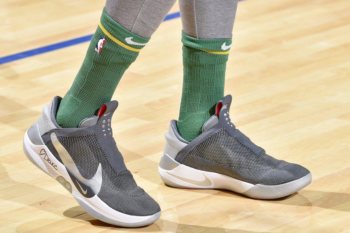 ☘️ @jaytatum0 in a new Nike Adapt BB colorway in Cleveland! #NBAKicks