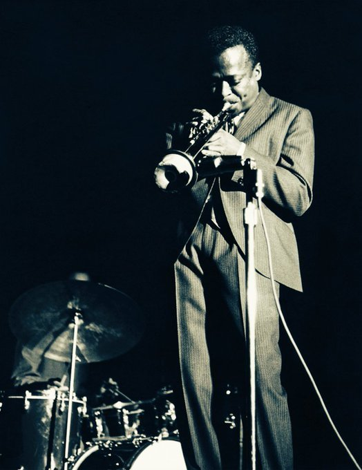 Miles Davis Photo by Lee Tanner  #Jazz <br>http://pic.twitter.com/yoaZjyd330
