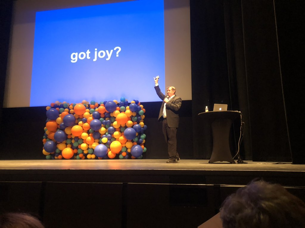 #Dannyspeaks is killing it!  He is teaching the Permian Basin to Bring The Joy Back to Teaching!  It is amazing to see educators from all over the Permian Basin. <br>http://pic.twitter.com/IVdGk0f9xs