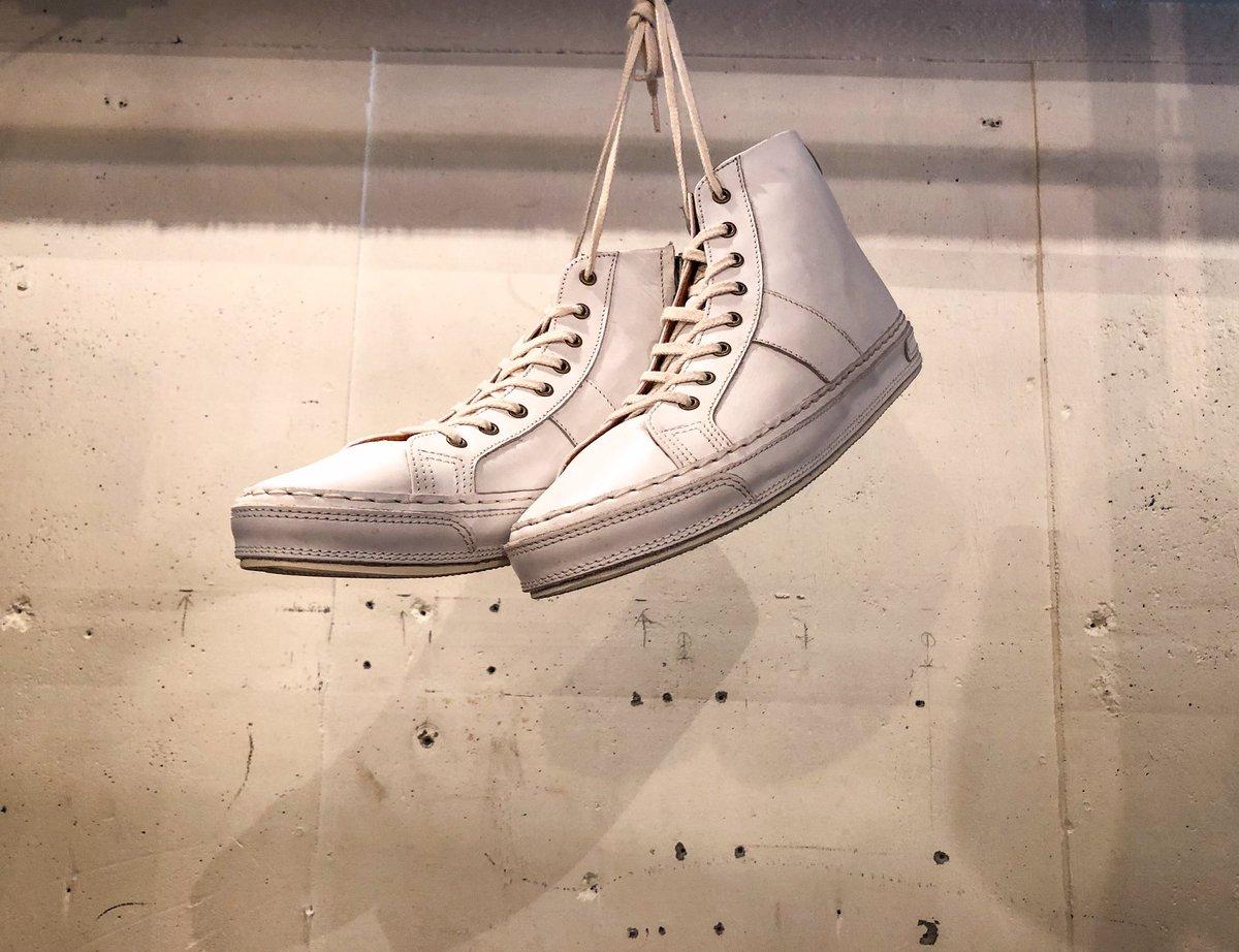 "select vintage & design used RAGLA MAGLA -shimokitazawa- ・ ・ ▶︎new stuff ""highcut leather sneaker"" ¥6,800(tax in) ・ ・ #raglamagla #shimokitazawa #used #vintage #ラグラマグラ #下北沢 #下北 #古着屋 #古着 #スニーカー #レザースニーカー #革張り #ハイカットスニーカーpic.twitter.com/JppDS8m5wB"