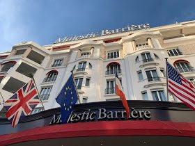 Oggi vi porto a Cannes. Vi racconto un po' la mia tre giorni al @majestic_cannes.  #FranceFr #lhwtravel #barrieremoments #lemajesticcannes  https://dolcezzedinonnapapera.blogspot.com/2019/03/tre-giorni-cannes.html?m=1…
