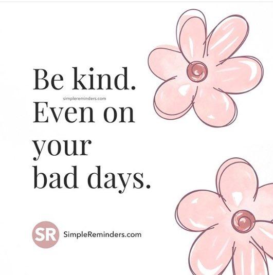 Happy Wednesday#BeKind #evenonbaddays pic.twitter.com/unA84efNqX
