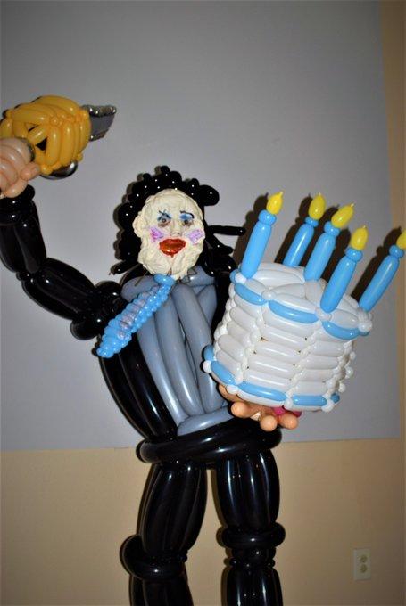 @WilliCaroline @therealjoebob @shudder Happy Birthday to you! (Another legendary Ho-rror Ho-ttie!! ☺️🎂💀🖤🎉🎉🎉)