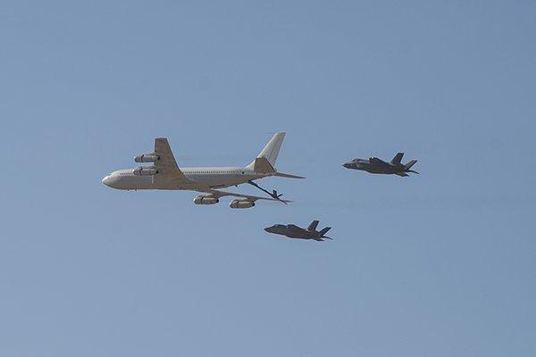 إسرائيل تتسلم أولى مقاتلات «إف 35» الأميركية في ديسمبر - صفحة 4 D2rHxzwW0AA8lb-