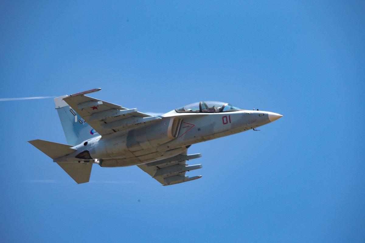 ماليزيا تنتهي من تقييم طائرة التدريب المتقدم Yak-130 الروسيه  D2rpt49UwAAD_iI