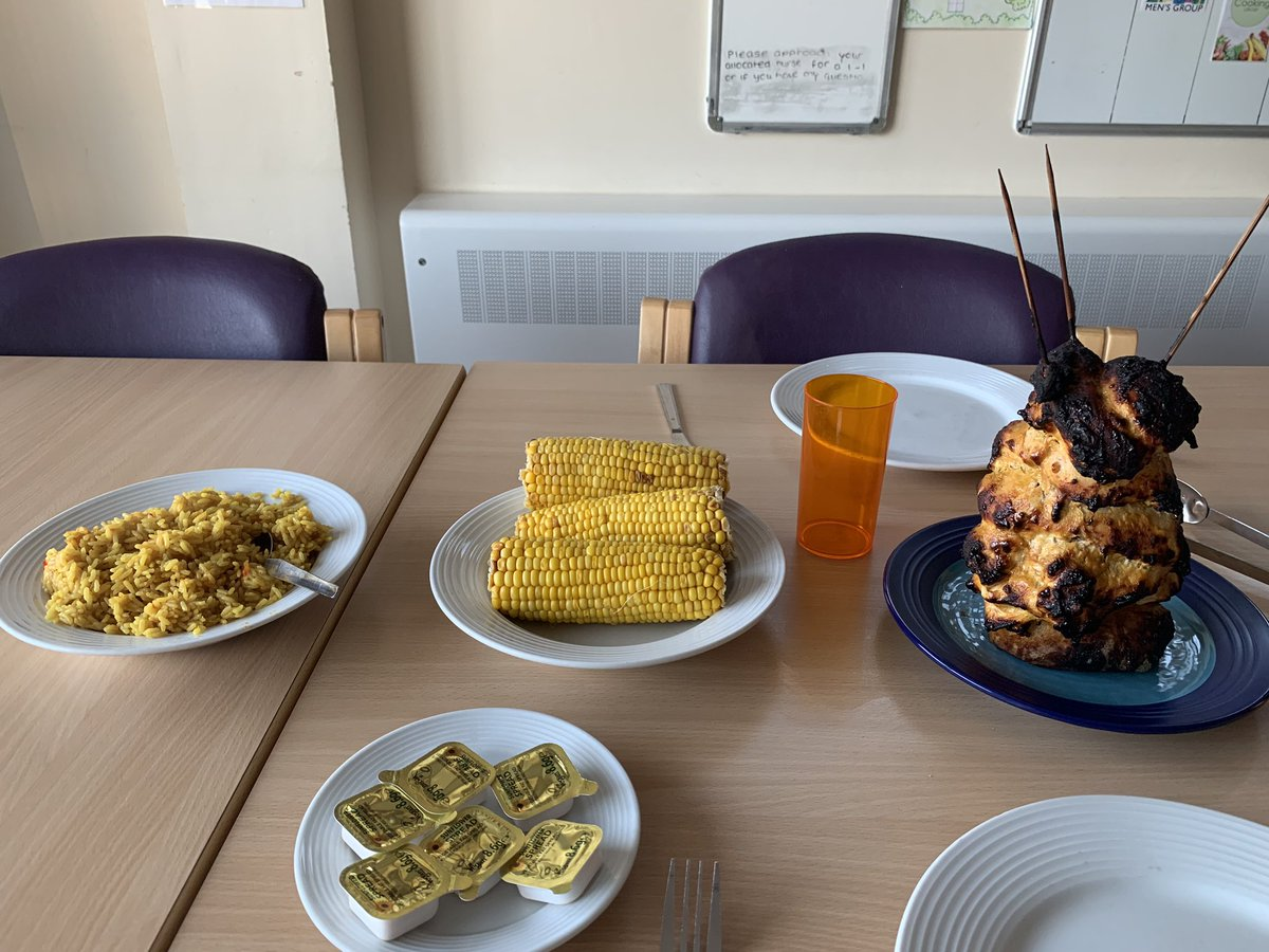 """Syrena House on Twitter: """"Can you ever say no to takeaway... we mean  fakeaway😍 kebab shop eat your heart out. Slimming world meals are  inspiring the men to eat healthy at Syrena. #"""