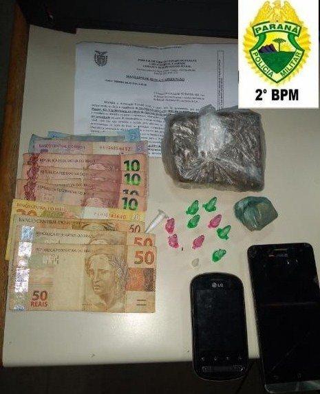 Três indivíduos apreendidos com drogas em Ribeirão do Pinhal #Abatiá #Policial #RibeirãodoPinhal https://t.co/iaaaUALv2j https://t.co/zWuvAkIPH3