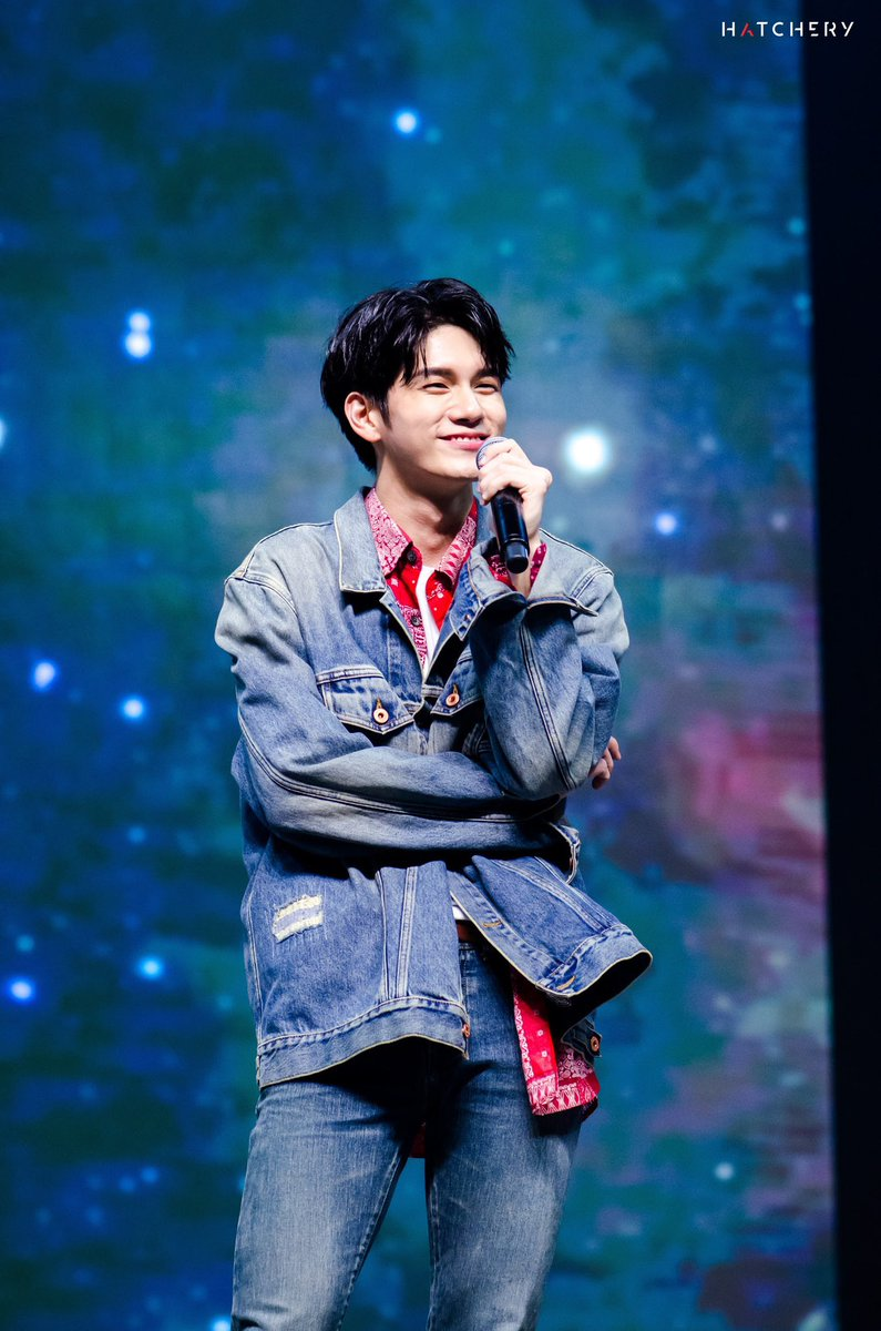 Pre-photo for Eternity tour in Malaysia Stay tuned for more... #OSWETERNITYINMY #ONGSEONGWU1stFanmeetingTour