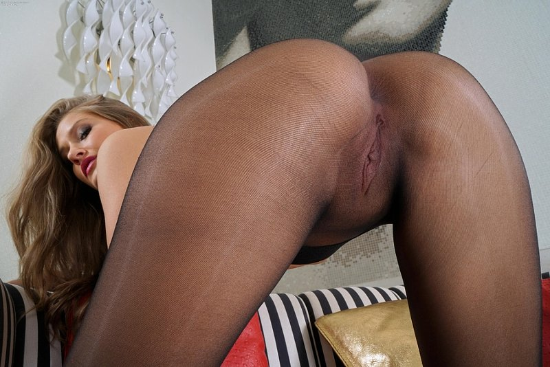 Sensual Mature Woman Aroused In The Mood For Company