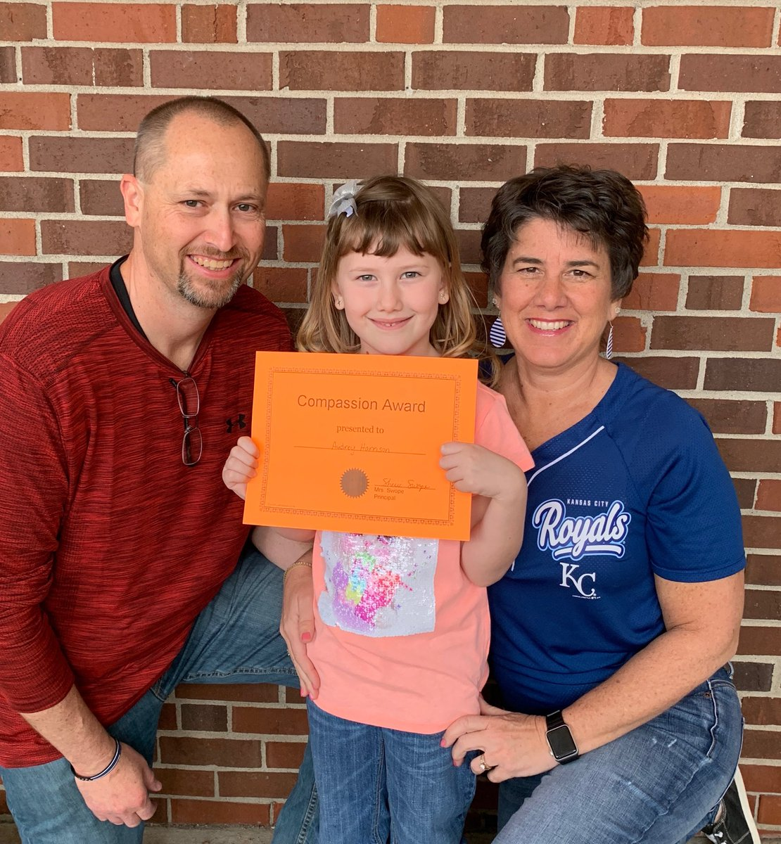 Audrey was Student of the Month for Compassion. So proud of our girl! #CardinalPride @HenryElementary @CMSCardinals @ClintonMoCards