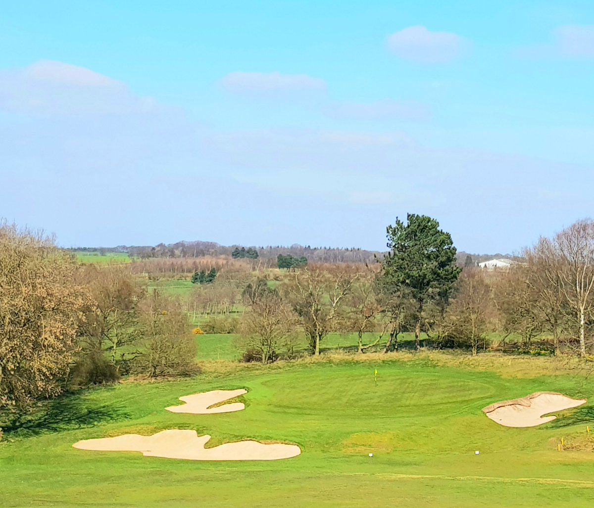 First time @AlwoodleyGC  - what a beauty. A fine place for an @EnglandGolf workout with @GrahamWalker18 and the team