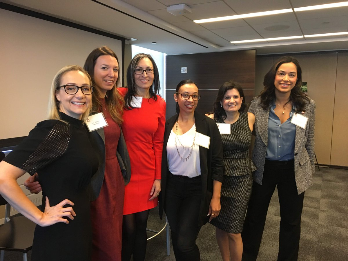 This week, Dee Falvo participated in a panel on Championing Female Leadership: The Power of Public/Private Partnerships at @DeloitteUS. Dee was joined by professionals from @PowerPlayNYC, @YouthInc_NYC, @StateStreetGA, @Nike and city council member @CarlinaRivera #starscgi https://t.co/Vrp2NQVLkv