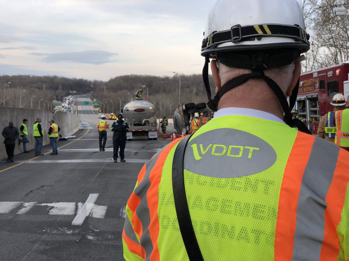 Overturned tanker: 495 at American Legion Bridge