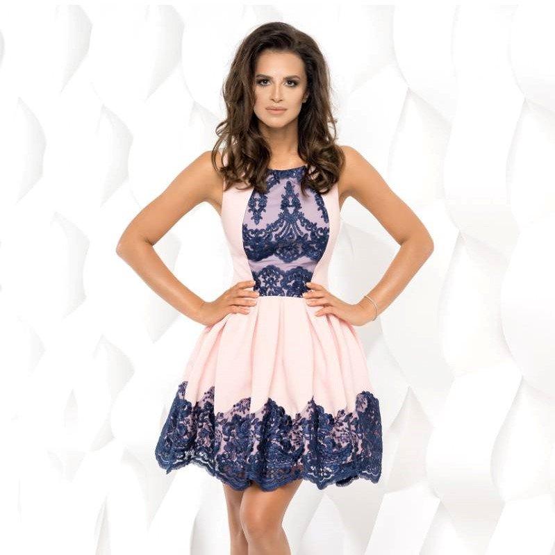 492888e70 Jak Wam się podoba rozkloszowana sukienka z koronką? 🌸 ➡ Zobaczcie inne  kolory >>