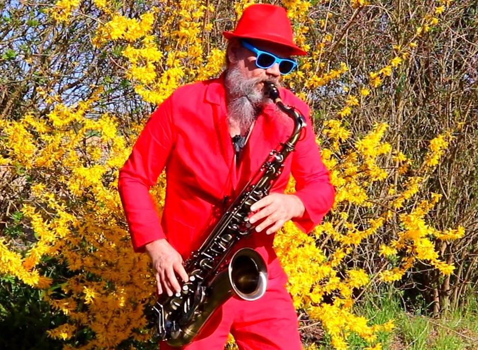 Vend Saxophoniste ! D2xe4R8X4AIR86n