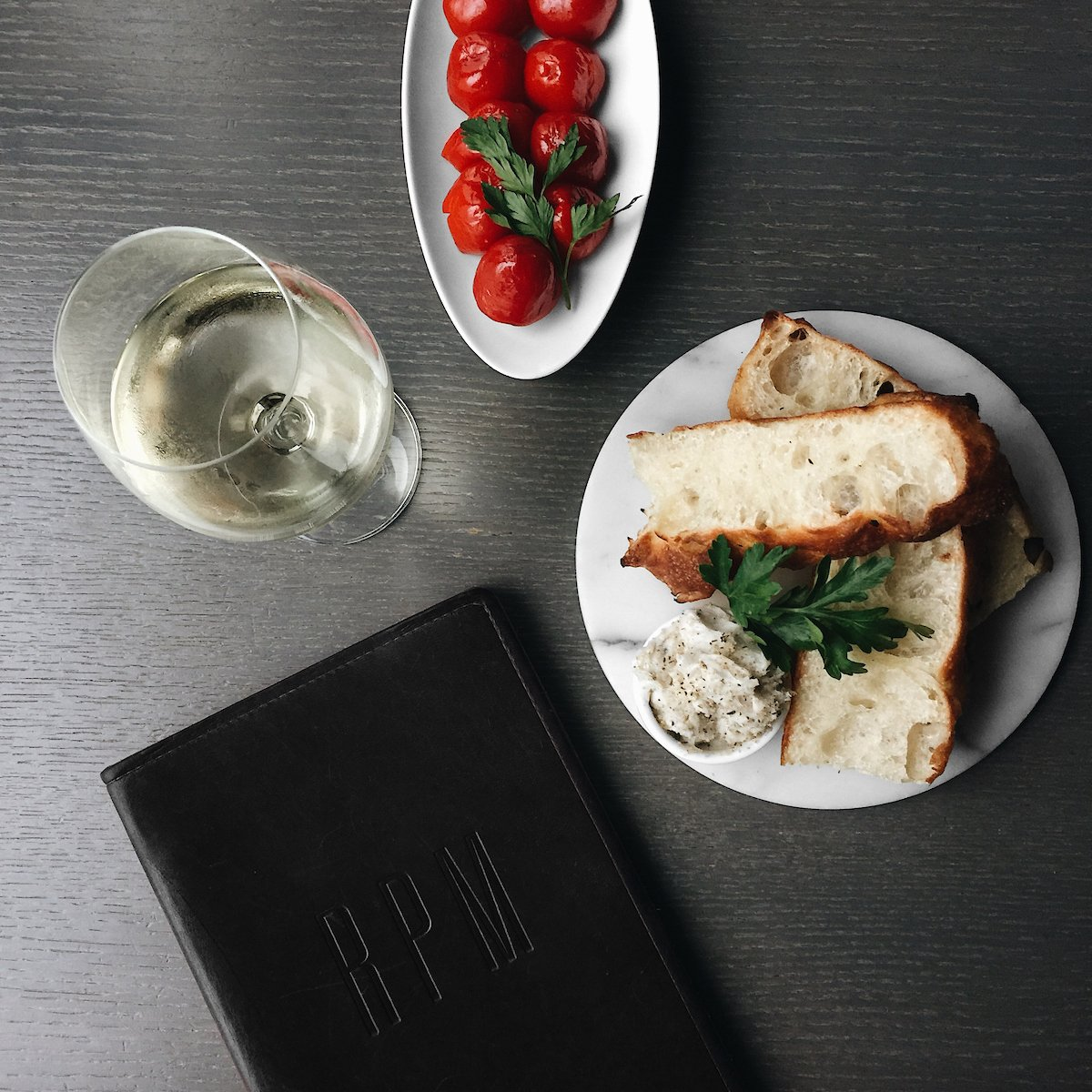 A great start to any meal: housemade Rosemary Focaccia with Whipped Lardo, Provolone-Stuffed Peppers and a glass of Antonio Mazzella Ischia from Italy's Campania region. https://t.co/H1PsJ03bXb