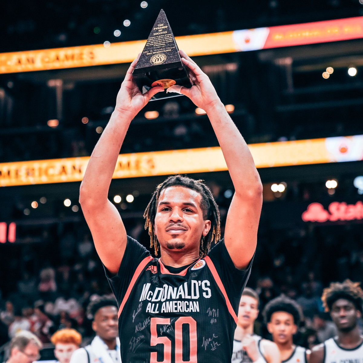 🏀🍟🍔🏆  The 2019 McDonald's All American Games was one for the books.  @mcdaag #WhereTheFutureStarts #teamadidas