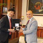 Image for the Tweet beginning: この度は、在トルコ日本国大使宮島昭夫閣下とご縁ができましたことに、深く感謝申し上げます。 イズミルへ来訪して頂き、誠にありがとうございます。 今度とも何卒宜しくお願い申し上げます。  イズミル市長
