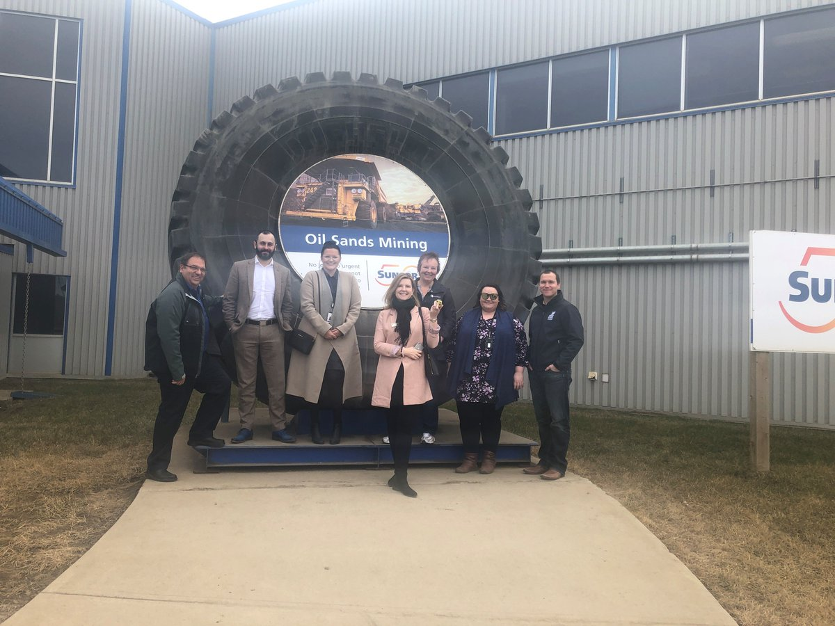Thank you to @Suncor for hosting us and providing a tour of your facility. We enjoyed the trip to @RMWoodBuffalo and seeing your community first hand. #StrongCommunitiesBuildAlberta
