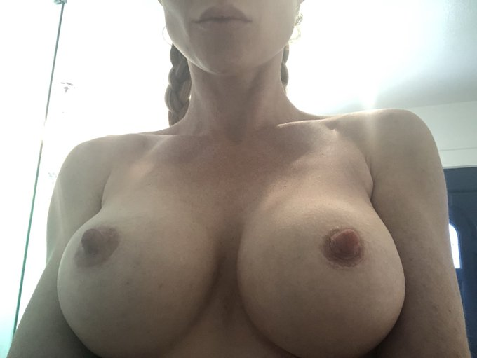 My boobs are looking super aggressive today. https://t.co/SS1COy3b2R