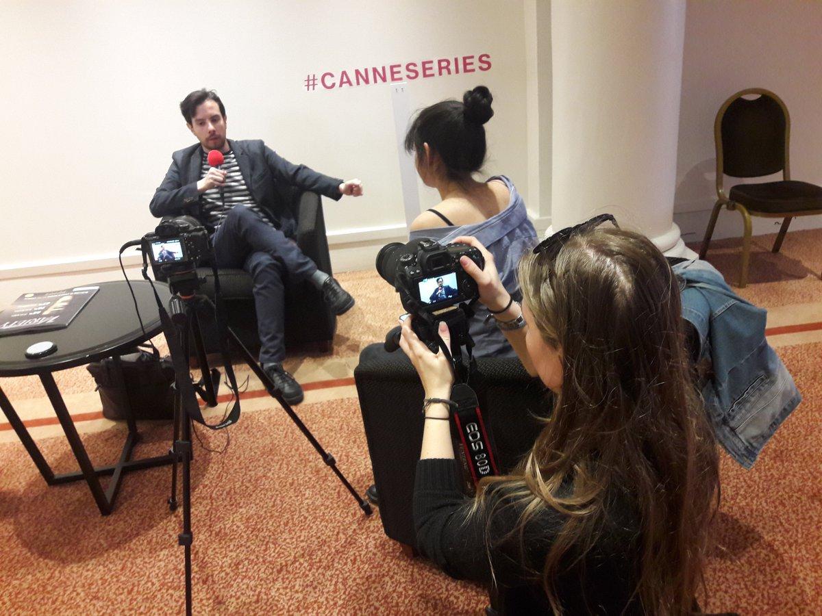 [Festival] Masterclass avec François Descraques au Festival International des Séries de Cannes le 10 avril 2019 D302tuVXoAA0T7p