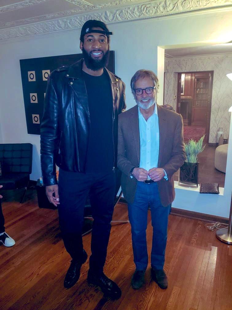 #Pistons @AndreDrummond x @iHeartRadio CEO @PittmanRadio talking hoops & music #FYI